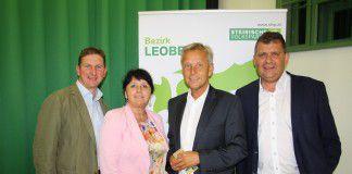 v.l. BPO Bgm. Andreas Kühberger, Vizepräsidentin Manuela Khom, Dr.Reinhold Lopatka und Bgm. Mario Angerer (Foto: ÖVP)