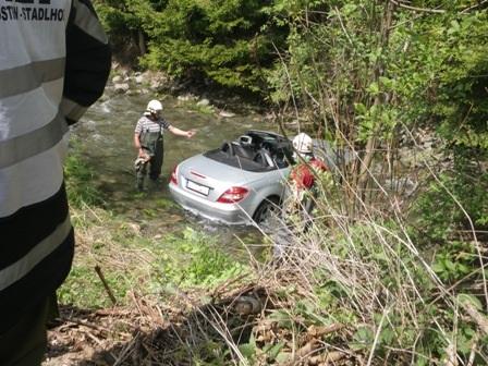 Herzinfarkt: 75-Jähriger stürzte mit Auto in Liesing