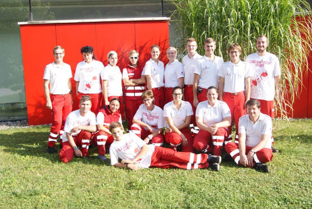 Die neuen Rettungssanitäter (Foto: Rotes Kreuz)