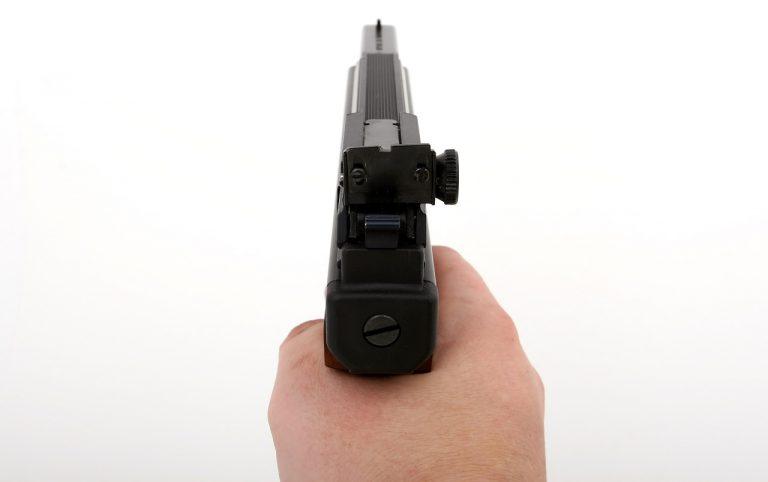 Missglückter Drogendeal: 20-Jähriger bedrohte 14-Jährigen mit Pistole