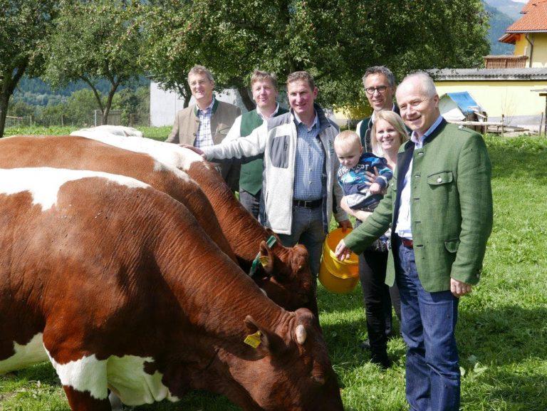 Designierter Bauernbundpräsident besucht Bauernhof im Liesingtal