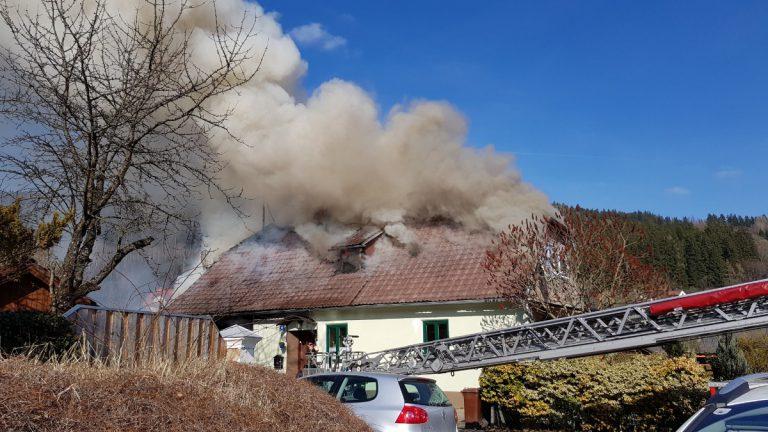 Feuer zerstörte Wohnhaus in Trofaiach