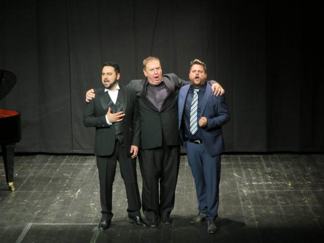 Die drei Tenöre im Stadttheater Leoben: Paolo Scariano, Bruno Caproni und Daniel Sattler (v.l.)