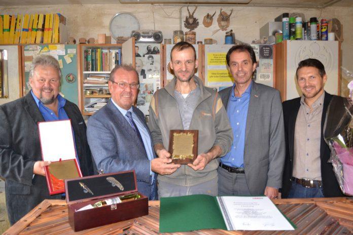 Vzbgm. Johannes Nimpfer, Bgm. Karl Dobnigg mit Martin Graf, Alexander Sumnitsch und Markus Stabler (Gemeinde Kammern)