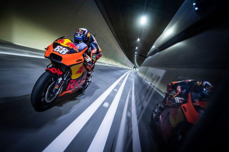 Mit MotoGP-Bike durch den Gleinalmtunnel