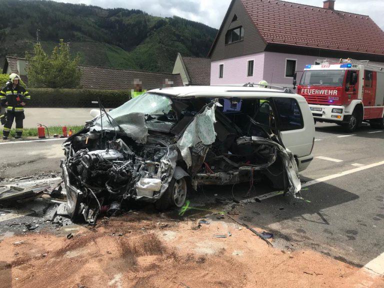 Tödlicher Verkehrsunfall auf der B113